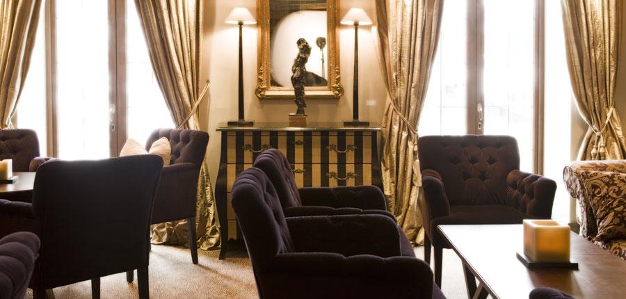Hotel Berghof, Lech, Austria - bar lounge interiors.jpg